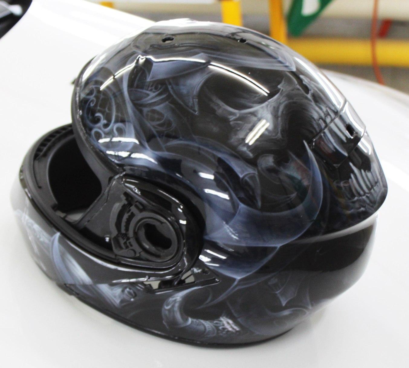 комплект мотоцикл и шлем Yamaha