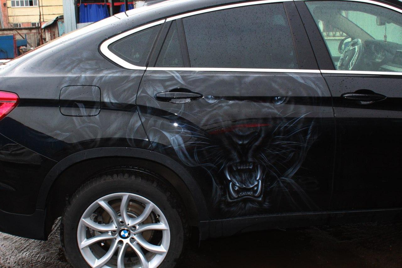 Черная пантера на BMW