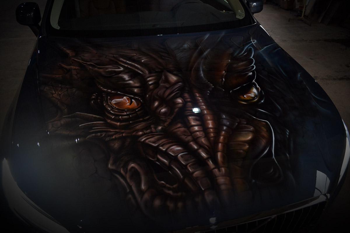 Дракон на Volvo